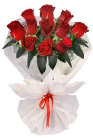 11 adet gül buketi  Malatya anneler günü çiçek yolla  kirmizi gül