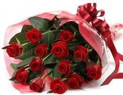 Malatya yurtiçi ve yurtdışı çiçek siparişi  10 adet kipkirmizi güllerden buket tanzimi