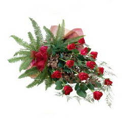 Malatya çiçek online çiçek siparişi  10 adet kirmizi gül özel buket çiçek siparisi