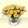 Malatya internetten çiçek satışı  11 adet sari gül cam yada mika vazo içinde