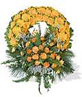 cenaze çiçegi celengi cenaze çelenk çiçek modeli  Malatya hediye çiçek yolla