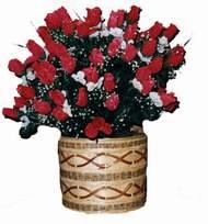 yapay kirmizi güller sepeti   Malatya çiçek yolla