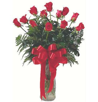 12 adet gül cam içerisinde  Malatya çiçek mağazası , çiçekçi adresleri