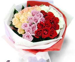 SEVENLERE ÖZEL 51 ADET GÜL  Malatya uluslararası çiçek gönderme