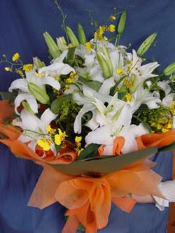 Malatya uluslararası çiçek gönderme  5 ADET KAZABLANKA BUKETI KALITEDEN SASMAYANLARA