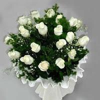 Malatya online çiçek gönderme sipariş  11 adet beyaz gül buketi ve bembeyaz amnbalaj