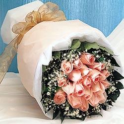 12 adet sonya gül buketi anneler günü için olabilir   Malatya ucuz çiçek gönder