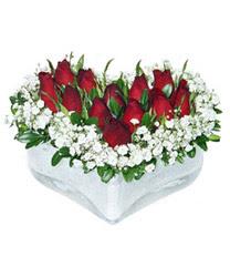 Malatya anneler günü çiçek yolla  mika kalp içerisinde 9 adet kirmizi gül