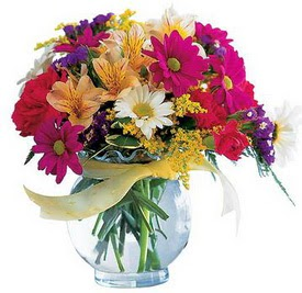 Malatya uluslararası çiçek gönderme  cam yada mika içerisinde karisik mevsim çiçekleri