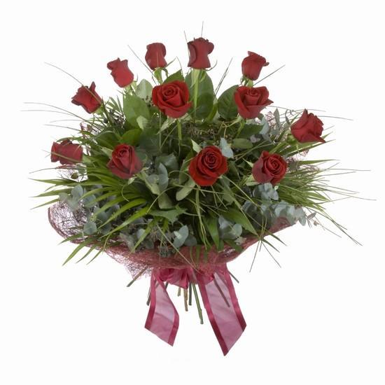 Etkileyici buket 11 adet kirmizi gül buketi  Malatya uluslararası çiçek gönderme