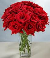 Malatya cicek , cicekci  cam vazoda 11 kirmizi gül  Malatya online çiçekçi , çiçek siparişi