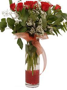 Malatya kaliteli taze ve ucuz çiçekler  11 adet kirmizi gül vazo çiçegi