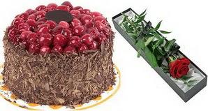 1 adet yas pasta ve 1 adet kutu gül  Malatya kaliteli taze ve ucuz çiçekler