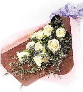 Malatya çiçek servisi , çiçekçi adresleri  9 adet beyaz gülden görsel buket çiçeği