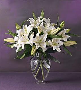 Malatya ucuz çiçek gönder  4 dal cazablanca vazo çiçeği