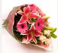 1 dal kazablanka ve mevsim çiçekleri  Malatya anneler günü çiçek yolla