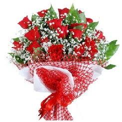 11 kırmızı gülden buket  Malatya güvenli kaliteli hızlı çiçek