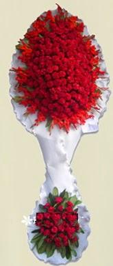 Çift katlı kıpkırmızı düğün açılış çiçeği  Malatya yurtiçi ve yurtdışı çiçek siparişi