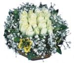 Malatya 14 şubat sevgililer günü çiçek  Beyaz harika bir gül sepeti