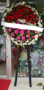 Cenaze çiçek modeli  Malatya anneler günü çiçek yolla
