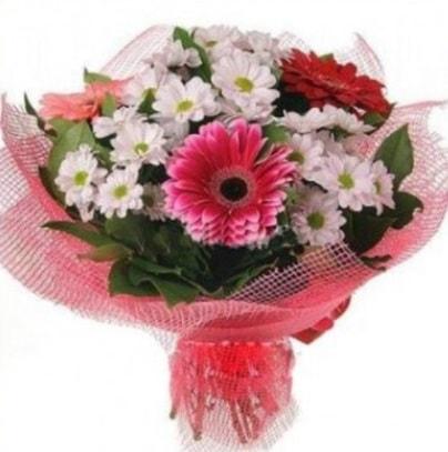 Gerbera ve kır çiçekleri buketi  Malatya anneler günü çiçek yolla