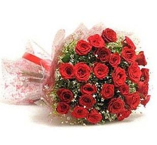 27 Adet kırmızı gül buketi  Malatya çiçek siparişi vermek