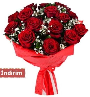 12 Adet kırmızı aşk gülleri  Malatya çiçekçiler