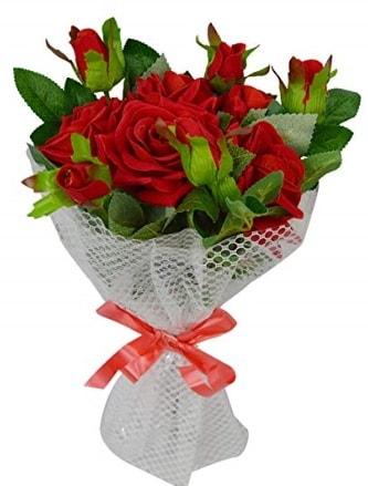 9 adet kırmızı gülden sade şık buket  Malatya internetten çiçek satışı